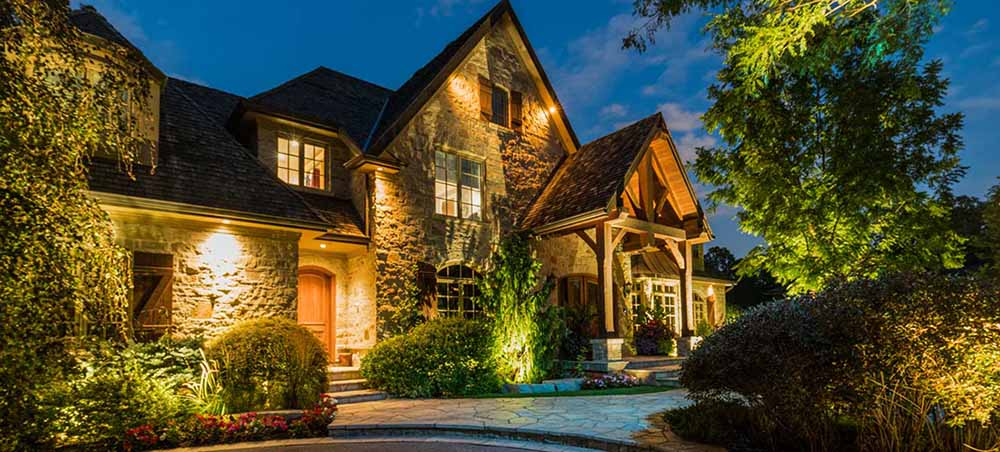 Essential Things When You Install Your Outdoor Lights