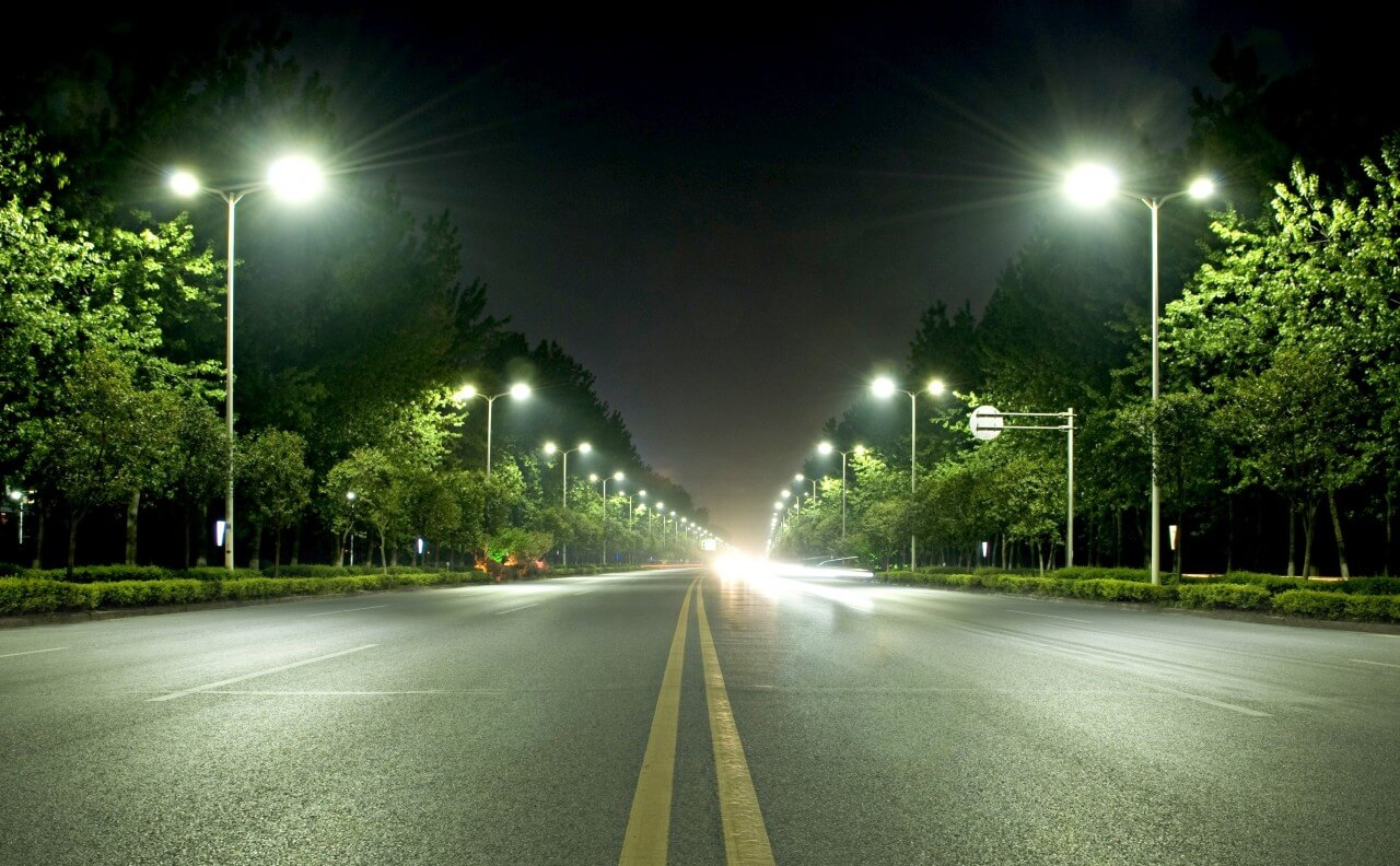 LED Streetlights Can Improve Your City's Economy